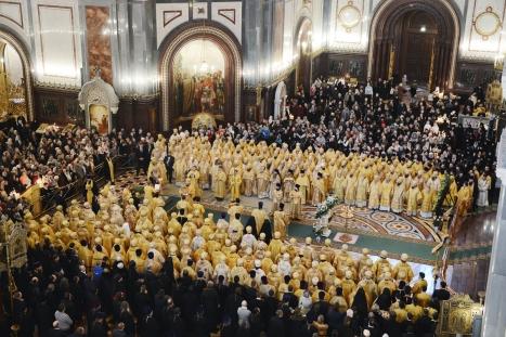 Литургия в Храме Христа Спасителя в Москве в день пятилетия интронизации