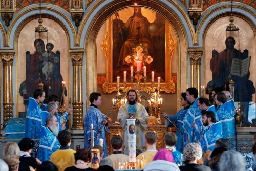 Божественная литургия в Успенском соборе Хельсинки
