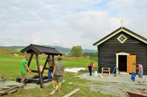 Завершающий этап сборки конструкции колокольни