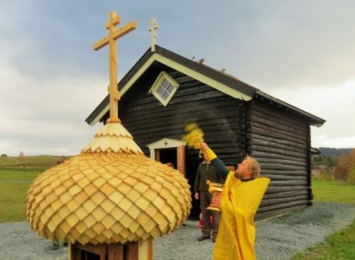 Освящение купола и креста для храма св.Олава в Стиклестаде