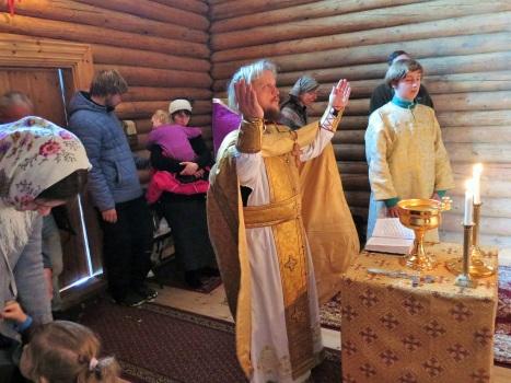Освящение воды в храме святого Олафа в Стиклестаде