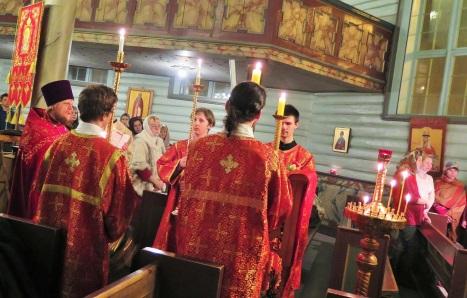 Ночное пасхальное богослужение в Тронхейме