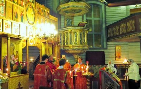 Чтение Пасхального Евангелия на 5 языках