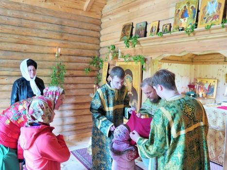 Причащение на праздник Троицы