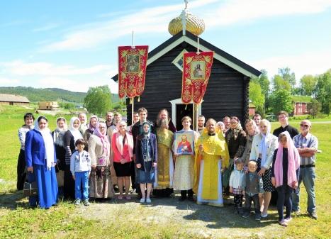 Общая фотография паломников в Стиклестад 21 июня