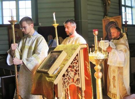 Великий вход на литургии