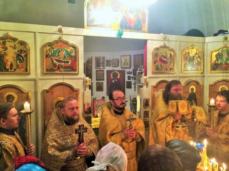 Божественная литургия в Сергиевском приходе Стокгольма