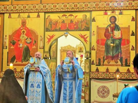 Литургия в Варламо-Хутынском монастыре
