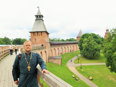 Крепостная стена Новгородского Кремля