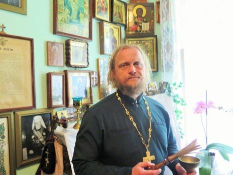 В келье о.Иоанна Крестьянкина в Псково-Печерском монастыре