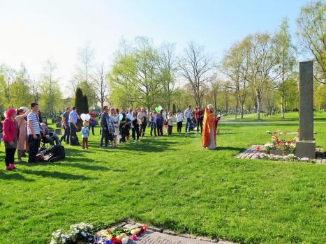Заупокойная лития у братской могилы в Тронхейме