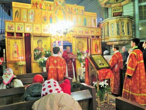 Чтение настоятелем Пасхального послания Святейшего Патриарха