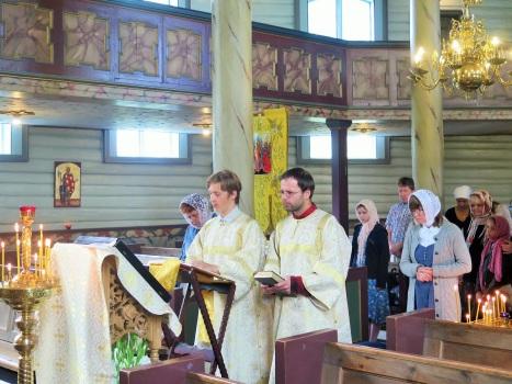 Чтение Апостола на славянском и норвежском