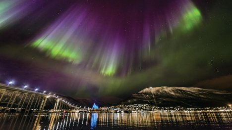 northernlights-tromso-norway-1400