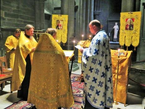 Чтнеие акафиста святому королю Олафу Норвежскому