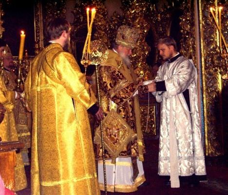 Диаконская хиротония, совершенная митрополитом Смоленским и Калининградским Кириллом (ныне - Святейшим Патриархом) в ноябре 2006 года в Успенском соборе г.Смоленска